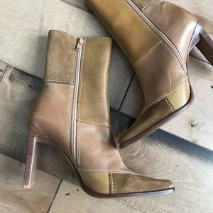 Steve Madden Javaa Colorblock Leather Boots Heeled